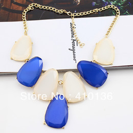 Wholesale MN176 B1 Fashion Bib Collar Necklace Bubble Necklace Gold Plated Green Red Blue Resin Sheets Fashion Design