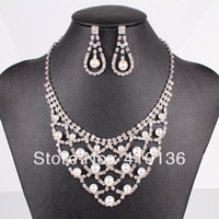 Wholesale LN20191 Fashion Rhinestone Jewelry Set Wedding Jewelry Set Clear Crystal Top Elegant New Arrival Party Gift