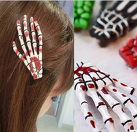 Wholesale new hotJapanese Harajuku hand hairpin side skeleton skull hair clip hair accessories hairpin hairpin fluorescent skull hairpin Shougu010