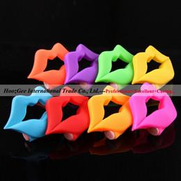 Wholesale Vibrating Penis Locking Delay Multicolor Lips Shape Vibrating Cock Ring Vibrators Sex Product XQ A12