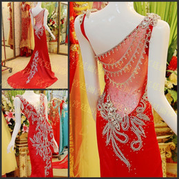Wholesale Dazzling Sheath Wedding Dresses Gowns Crystals Scoop Beads Long Train Sexy Bride Dresses Gown Red Bridal Dresses Gowns Dress