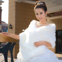 Wholesale Ladies Fashion Faux Fur Jacket Bridal Wedding Wraps Shawl winter Accessories LFPJ005
