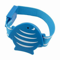 Child anti lost devices - New Portable Wristband Anti Lost Alarm Device For Kids Safety Outdoor Searching Function F2134L