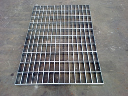 Wholesale Deformed Galvanized Steel Grating Size mm mm Anping Grating Supplier Bearing Bar Pitch mm mm