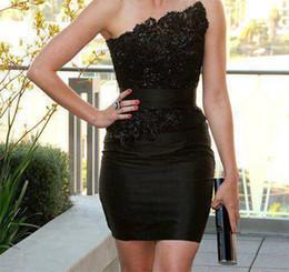 Wholesale Hot Sales Strapless Little Black Satin Mini Cocktail Dresses Lace Applique Beaded Short Party Gowns