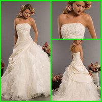 Wholesale Fashion Strapless Appliques Lace Bridal Gowns Beads Crystal Ruffles Wedding gowns Ball Gowns Court train Wedding dreses