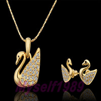 Wholesale Fashion Jewelry Sets New Arrival Couple Elegant KGP Yellow Gold Plated Swan Diamond Jewelry Necklace earring S325 For Valentine s Day Gift