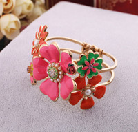 Wholesale Pegasus European and American fashion jewelry beautiful blossom color drip exaggerated bracelet female models