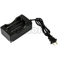 Wholesale Digital Travel Charger For Lithium Li Ion US Plug Double Battery Charger Retail amp TK0077