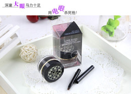 Wholesale Love Alpha Eyeliner Waterproof Makeup Accentuating Gel Cream Eye Liner Gel Cream Easy Dry Creamy Thick Colors Fluent Lines With Brush Inside