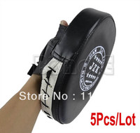 Wholesale Hot Sell Black Boxing Mitts Training Focus Punch Pads Sanda Glove Muay MMA Thai Karate Muay Kick Kit TK0930