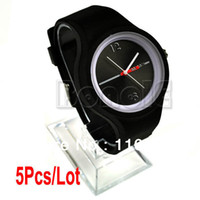 Wholesale 5Pcs Fashion Silicon Men and Women Wrist Jelly Watch Sport Wristwatch Colors