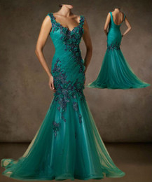 Wholesale 2013 Sexy Green Sleeveless Prom Dresses Flower Applique Evening Mother of the Bride Dresses Mermaid