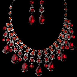 Wholesale Red Fashion bridal jewelry sets Luxury artificial rhinestone alloy plated necklace and earrings piece in