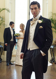Wholesale Custom made Black Groom Tailcoat Suits Groomsman
