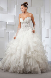 Wholesale New Style Ball Gown Sweetheart Backless Beaded Crystals Tiers Ruffles Organza Chapel Train Bridal Wedding Dresses