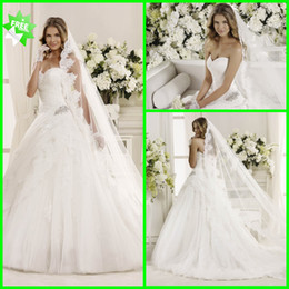 Wholesale New Arrival Elegent Vintage Princess Sweetheart Applique Beads Ruffle Net Ball Gown Court Train Wedding Dress
