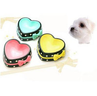 Wholesale hot sale Cute Hot Pink Blue Yellow Non slip Lovely Heart shape Pet Bowl for Dog Cat Made of Ceramic Elegant and Noble