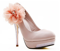 Wholesale New Women Top Quality Drop Shipping White high heel bridal shoes lace flower wedding dress shoes beaded close toe lady shoes