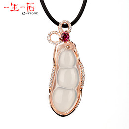 Wholesale Kidney bean a natural white rose gold inlaying pendant certificate