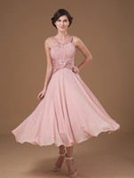 Wholesale Chiffon Pearl Pink Short Bridal Dresses Tea Length Scoop Beading Neckline Mother Of Bride Dresses Ruffle Military Ball Dresses