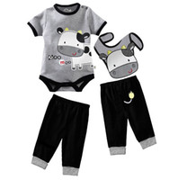 Wholesale Retail Baby Boys Clothes Outfits Sets Milk Short Sleeve Baby Bodysuit Bibs Pants Suits Infant Romper Cotton W210