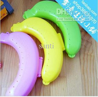 Wholesale Plastic Banana Case Box Container Protector Bananas Guard Lunch Fruit Protector