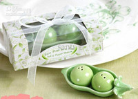 Wholesale Tuo apples Two Peas in a Pod Salt and Pepper Shakers Wedding Favors