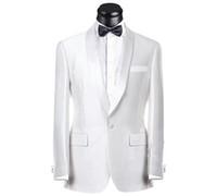 Real Picture Blanc Groom Tuxedos Groomsmen Meilleur Suit Homme Costume Mariage Mens Costume Bridegroom (Veste + Pantalons + Ceinture + Cravate) NO: 189
