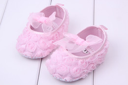 Wholesale Baby Toddler shoes NEW HOT Rose pattern baby toddler shoes soft soled shoes Lace bows baby prewalker KTJ X0105