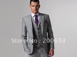 Wholesale Custom made Notch Lapel Groom Tuxedos Best man Suit Wedding Groomsman Men Suits Bridegroom Jacket Pants Tie Waistcoat B104