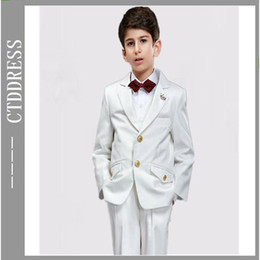 Wholesale Fashion white Notch lapel boys suits three pieces new year new style coming