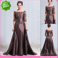 Wholesale Latest Design Taffeta Half Sleeves Appliqued Lace Flowers A line Mother Bride Dress Jewel Neck Evening Gown