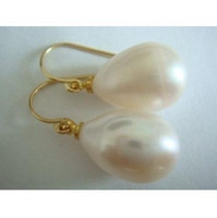 Wholesale charming AAA x13mm natural south sea white pearl earrings K