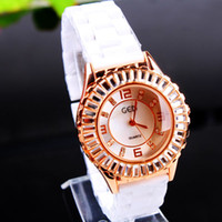 Wholesale Women s Geneva custom bands watch gold color ceramic Wristwatches Quartz Ladies dress watch dropship diamond quartz watch