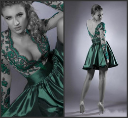 2014 A Line Sexy Dark Green Deep V Neck Lace With Long Sleeve Junior Christmas Cocktail Dresses Short Length Homecoming Dresses New Years
