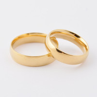 Wholesale Fashion high polished shiny k gold plated band couple rings L stainless steel gold wedding rings jewelry for lovers Valentine Day
