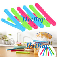 Wholesale Home Kitchen Food Plastic Bag Sealing Clamps Sealed Clips Sealer Color Random