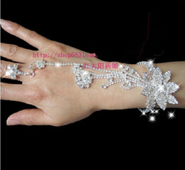 Wholesale 2014 Delicate Elegant Rhinestone White Red Party Prom Wedding Bridal Jewelry Bracelets With Ring