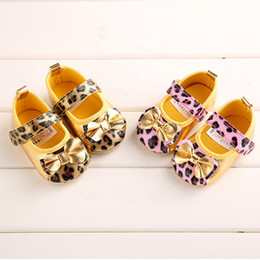 Wholesale girl shoes baby fashion leopard print princess shoes children soft soled prewalker spring autumn floor wear shoes pairs good baby