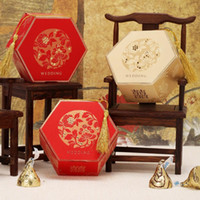 Favor Boxes Red Paper 60pcs Vintage Theme Golden & Red Elegante Candy Gifts Chocolate Favor Boxes With Tassel For Wedding Party Free Shipping