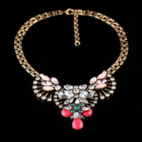 Wholesale Vintage Style Design Sheer Elegance Phoenix Pendant Statement Necklace For Women Chunky Chain