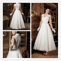 Wholesale Vintage Tea Length Lace Country Style Wedding Dresses Ivory Sheer Tulle Ball Gown V Neck Short Garden Bridal Gowns