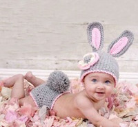 Wholesale Grey Cute Rabbit Design Flowers Baby Hat Shorts Suit Handmade Crochet Photography Shoot Bunny Knitted Wear Newborn Clothing Set B2484