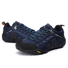 Wholesale 2014 new Hiking shoes male walking outdoor shoes slip resistant waterproof trekking running climbing equipment
