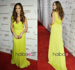 Wholesale 2014 Elegant Minka Kelly in Golden Globe Awards Celebrity Dresses A Line V Neck Chiffon Backless Prom Dress Evening Gown Bridesmaid Dresses