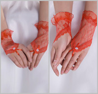 Wholesale Fashion Red Lace Fingerless Beaded Wrist Length Hot Selling Wedding Bridal Gloves DL1309558