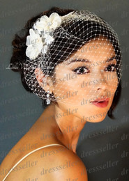Wholesale 2014 New Arrival Cheap High Quality White Ivory One Layer Net Flowers Appliques Beaded Bridal Veils Wedding Accessories Heandpiece