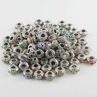 al por mayor pulseras tibetanas-Ventas al por mayor 50pcs de los colores mezclados los granos cristalinos del encanto de plata tibetano oblatas agujero grande europeo para hacer pulseras de la joyería de bricolaje 6X11mm 010010