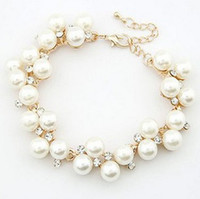 Wholesale Top fashion inlaid crystal pearl charm bracelet luxurious gold women s bracelets exquisite gift high quality